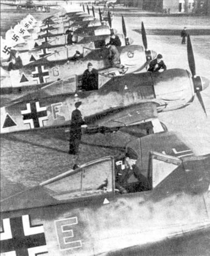 Шеренга Fw 190F из II./SchlG I.