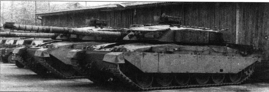 Основной боевой танк Challenger 1 МкЗ Гвардейского драгунского полка Ее Величества. Босния, 1999 год