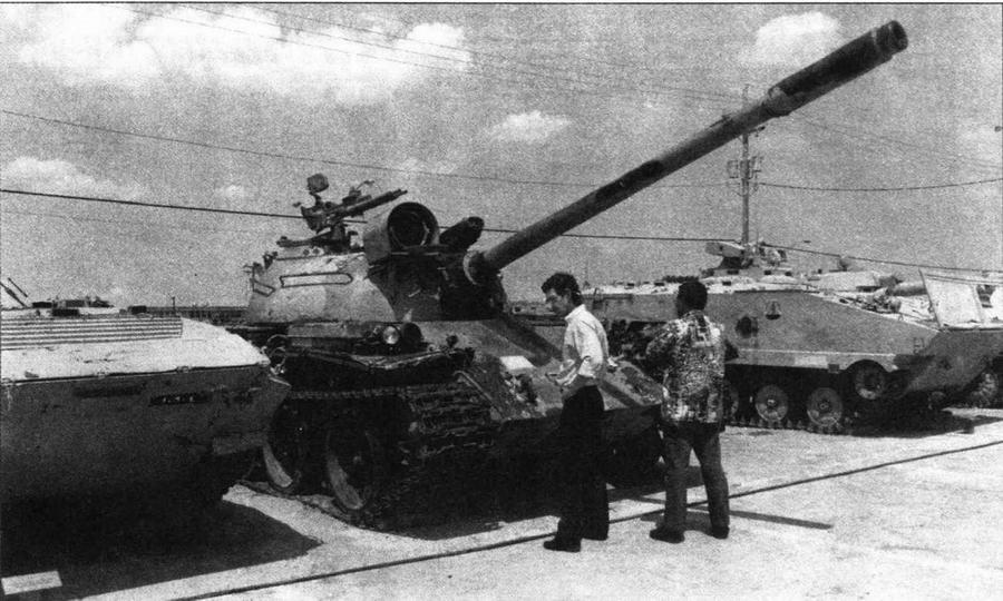 """Основной боевой танк Typ 69-II иракской армии, захваченный американскими войсками в ходе операции """"Буря в пустыне"""""""