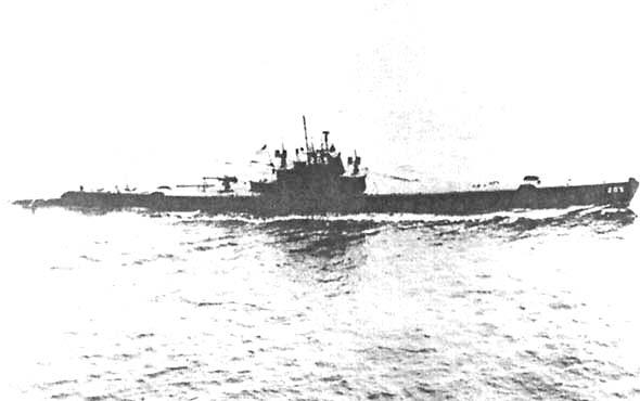 Подводная лодка «Грэйбек» в августе 1943 года