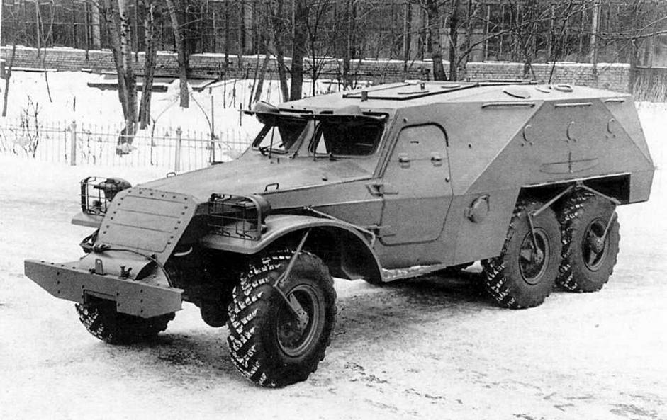 Прототип бронетранспортера БТР-152К.