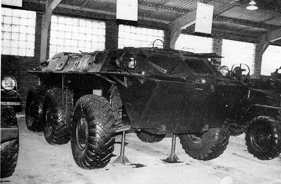 Опытный бронетранспортер ЗИЛ-153 в экспозиции Военно-исторического музея бронетанкового вооружения и техники в Кубинке