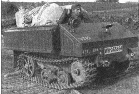 Легкий гусеничный танк Vickers-Carden- Loyd Utility получил в Вермахте обозначение Artillerieschlepper VA601(b). Машина, представленная на фото, несет регистрационный номер Вермахта, оснащена немецкой светомаскировочной фарой Notek и используется в службе Немецкой полевой почты