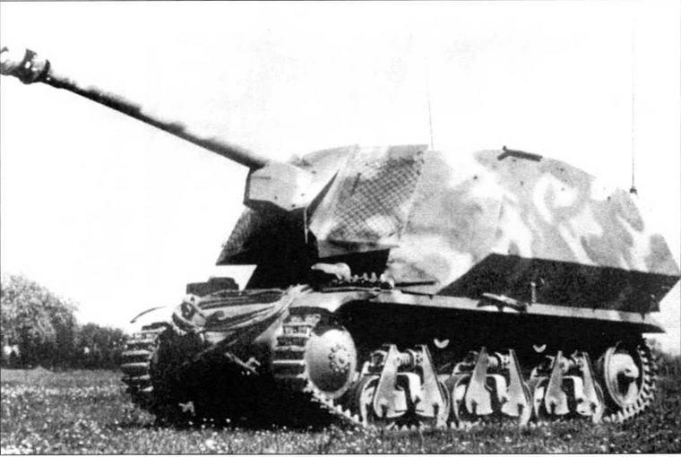 Самоходно-артиллерийская установка Marder I, вооруженная 75-мм противотанковой пушкой Рак 40