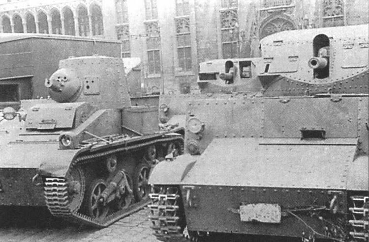 В Вермахте легкий танк Т.15 (на фото слева), получивший обозначение Panzerspahwagen VCL 701(e), и самоходки Т.13 практически не использовались