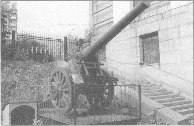 Французская <a href='https://arsenal-info.ru/b/book/4090511870/34' target='_self'>155-мм пушка</a>. XIXв.