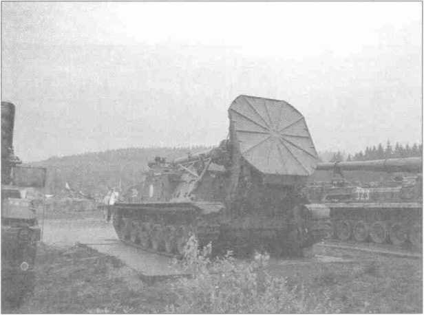 240-мм самоходный миномет СМ-240 «Тюльпан».