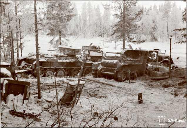 Подбитые и захваченные финнами БТ 34-й легкотанковой бригады.