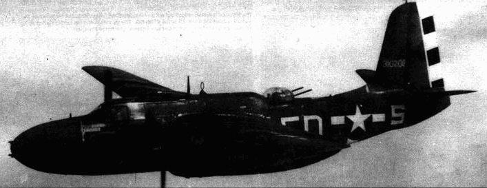 A-20G-35 «ES for sugar» из 644-й эскадрильи 410-й группы. После завершения операции «Оверлорд» черно-белые полосы постепенно вышли из употребления.