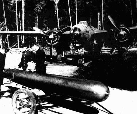 А-20 советской морской авиации в ходе подготовке к полету. Видно нестандартное остекление носовой части.