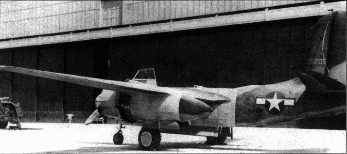 Этот А-2°C оснастили усиленным бронированием. Самолет предполагаюсь использовать для испытания эффективности <a href='https://arsenal-info.ru/b/book/1036139503/63' target='_self'>зенитных снарядов</a>.