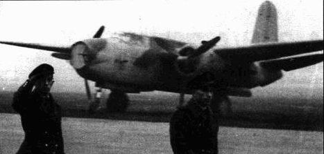 Ночной истребитель «Хавок I». Нижняя сторона самолета выкрашена в черный цвет, верхний камуфляж стандартный.