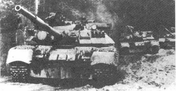 """Основной танк Т-80У с КУВ """"Рефлекс"""""""