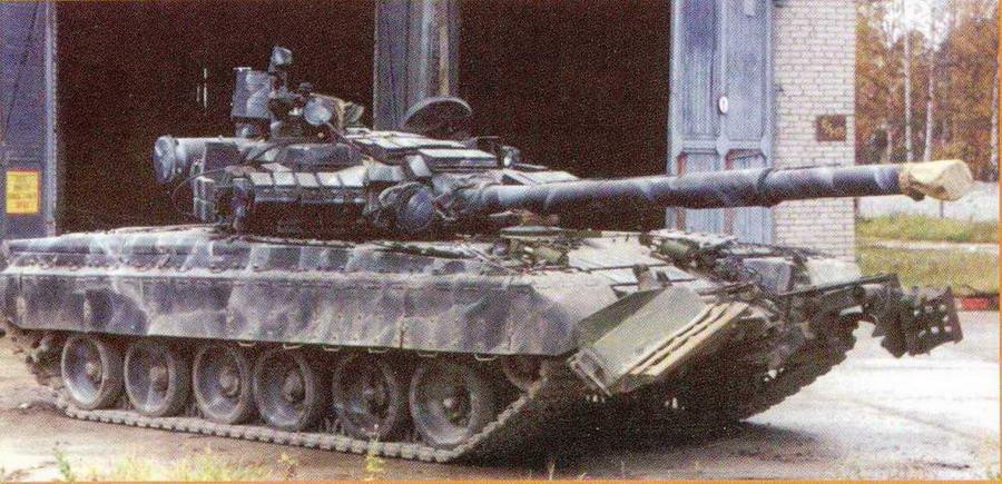 """Основной танк Т-80 БВ с комплексом управляемого ракетного вооружения """"Кобра"""""""
