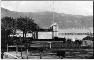 Филиппвиль, лоцманская станция — одна из целей обстрела «Гебеном». Довоенная фотография.