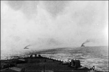 Британские корабли преследуют «Гебен» и «Бреслау» (Бундесархив).