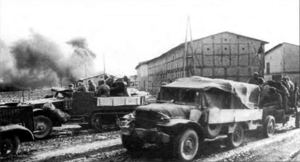 Зенитные самоходно-артиллерийские установки М15 и М 17