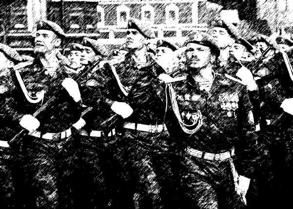 Десантники в парадном строю на Красной площади