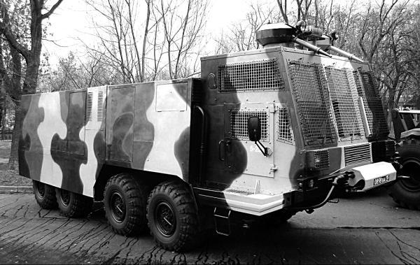 Военное применение и варианты тягачей БАЗ-6953