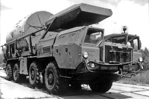 Транспортно-установочные и перегрузочные машины