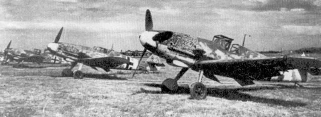 Линейка новеньких «Густавов», недавно полученных II./JG-52, ранняя осень 1942г.
