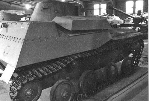 Легкий танк Т-40С. Виды на правый и левый борта.