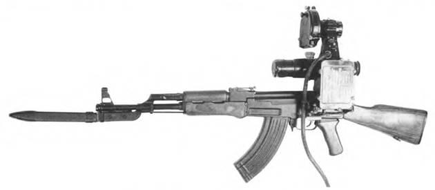 7,62-мм автомат Калашникова АКН с ночным прицелом НСП-2.