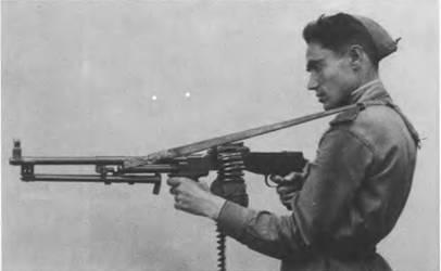 7,62-мм ручной пулемет РД-44 на войсковых испытаниях. 1944г.