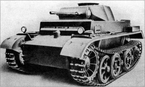 Общий вид прототипа легкого танка Pz.Kpfw.II Ausf.M (VK 1301).