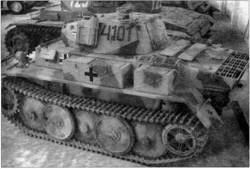 Фотографии восстановленного «Лухса», находящегося в экспозиции танкового музея в Самюре, расположенного на территории Франции. 2008 год.