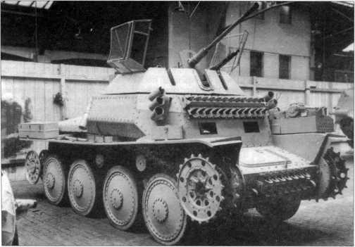 Прототип танка Sd.Kfz.140/1 в заводском цеху фирмы ВММ. 1944 год.
