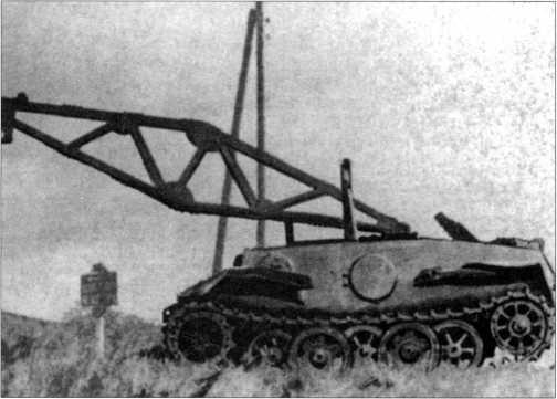 Снимок VK 1601 со снятой башней и установленной стрелой крана. Он использовался в 116-й танковой дивизии вермахта. Франция, лето 1944 года.