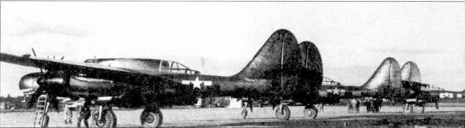 «Jukin' Judy» на стоянке аэродрома Итэн, Франция, весна 1945г. Акулья пасть осталась, но полосы вторжения смыты, хотя следы от них проступают на черной блестящей поверхности планера.