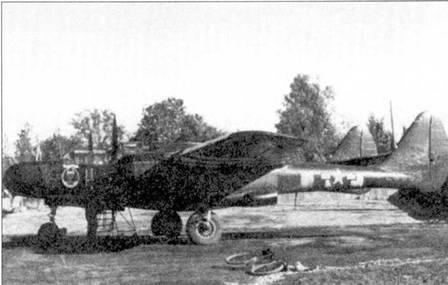 «TABITHA» — P-61А-10 серийный номер 42-5569, машина принадлежала 425 NFS. Снимок сделан на аэродроме Колумьез во Франции в сентябре 1944г. Эта машина разбилась при посадке 27 октября 1944г., после чего была списана.
