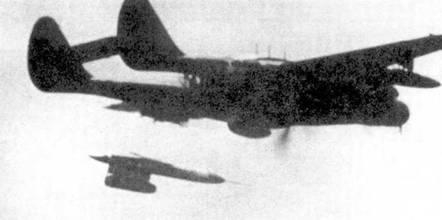 Некоторые самолеты P-61 использовались в различных летных экспериментах. Этот P-61С-1-NO был переоборудован в носитель крылатых ракет РТV-N-2U «Гордон».