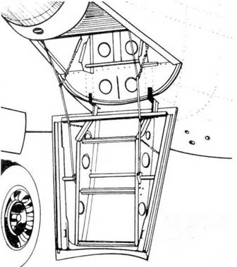 Лестница-трап в кабину оператора РЛС.