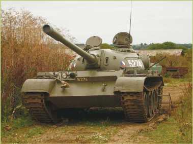 Танк Т-54А чехословацкого производства.