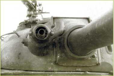 Установка огнемета в огнеметном танке ТО-54.
