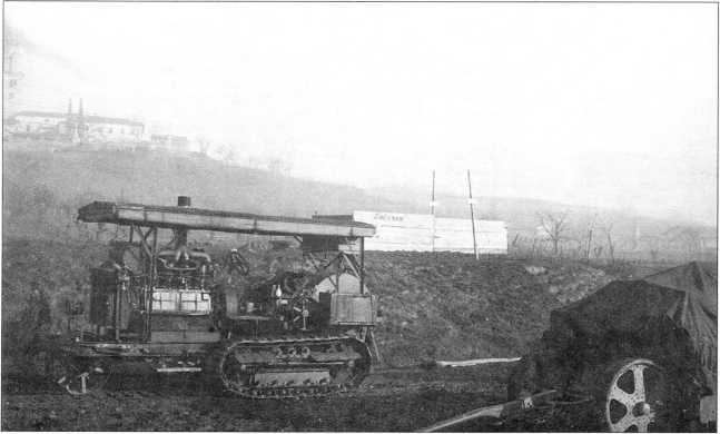 Трактор «Холт» в австрийской армии (архив автора).
