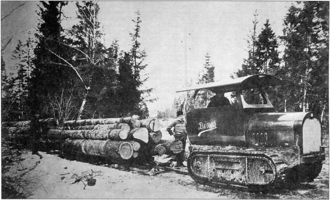 Вывоз леса трактором «Динос»(РГВА).