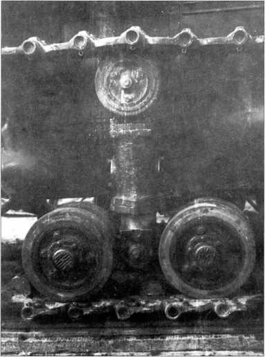 Трактор «Коминтерн» №2. Свеча подвески (РГВА).