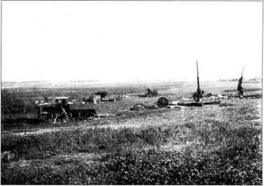 Позиция зенитной артиллерии прикрывавшей аэродром Идрица.Лето 1941г.(архив автора).