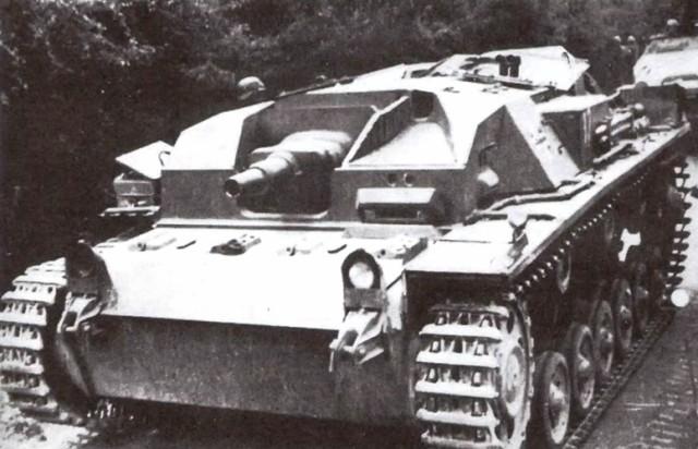 На фото: StuG III Ausf. A Франция, май 1940 года.