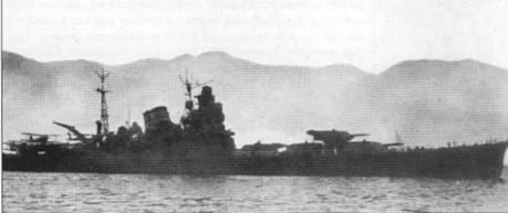 Уникальный снимок — крейсер «Чикума» в профиль на фоне гор Японии, 1940г.