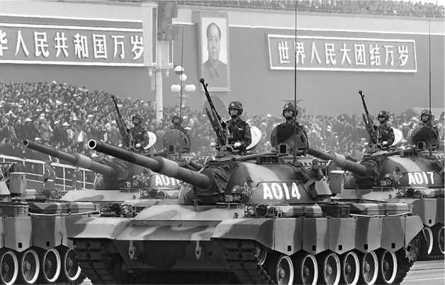 Последний вариант китайской линии танка Т-54 — Туре 88 на параде в Пекине в 1989 году.