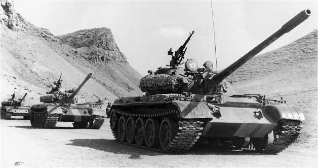 Колонна танков Т-55А Закавказского военного округа. 1980-е годы.