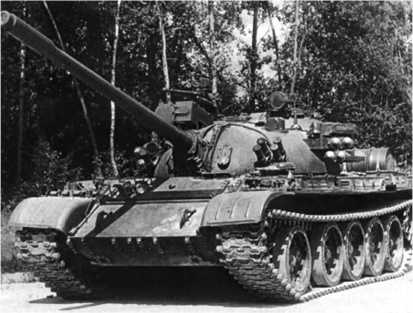 Средний танк Т-55АД.