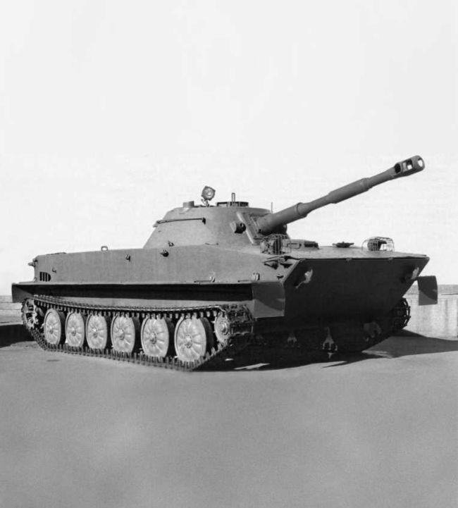 Танк ПТ-76 с пушкой Д-56ТМ.