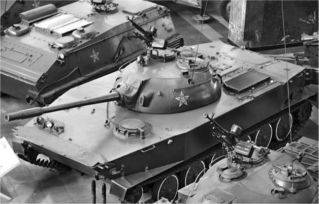 Легкий плавающий танк Туре 63-I в музее НОАК.