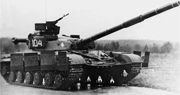 Основной танк Т-64Б.